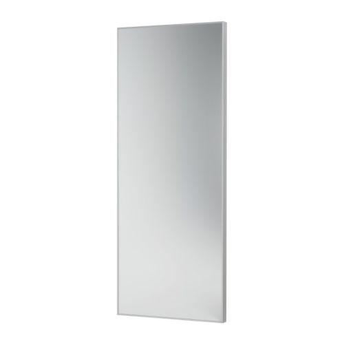 HOVET Espejo IKEA Se puede colgar horizontal o verticalmente. Con película de seguridad. Así se eliminan los riesgos de dañarse si el vidrio se rompe.