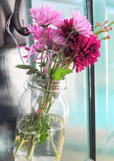 I'm doing this. May Day baskets: first thing. (I swear I came up with the idea independently of Apt Therapy. But the mason jars? That's all them.): Spring Flower, Flower Jars, Flower Baskets, Baskets Idea, Apartment Therapy, Good Idea, 10 Diy'S, Mason Jars, Gifts Idea