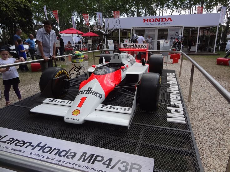 El Mc Laren de Senna original, verlo en persona no tiene precio!