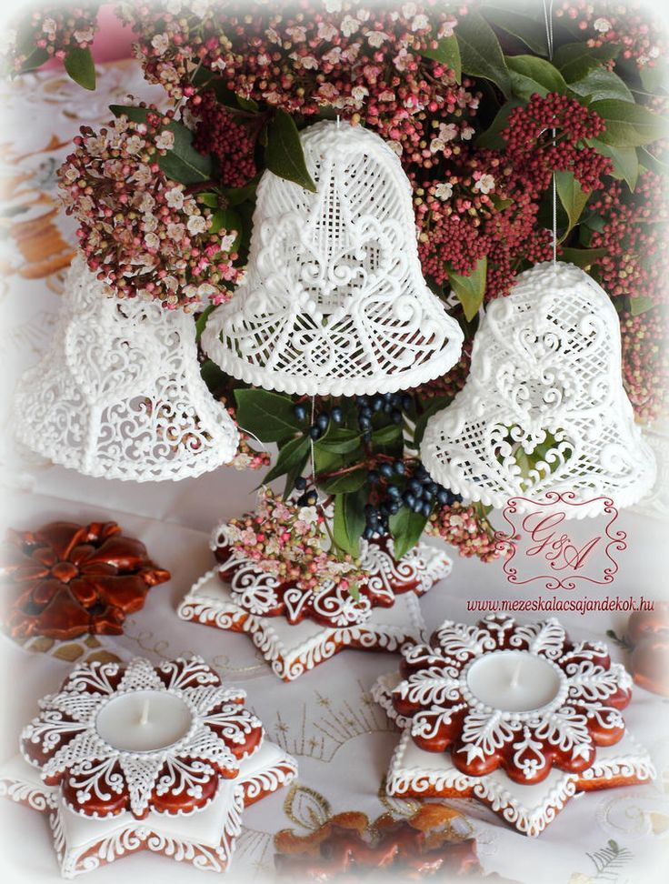 Royal icing bells, cookie candle holders by Anikó Vargáné Orbán
