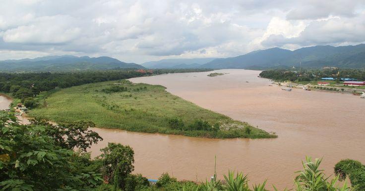 Il Triangolo d'Oro        Nella regione di Chiang Rai, in uno dei punti più a nord della Thailandia, esiste un posto dove Laos, Birmania ...