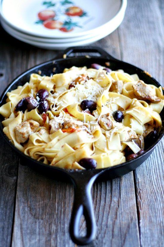 mediterranean pasta | heathersfrenchpress.com #weeknightkitchen