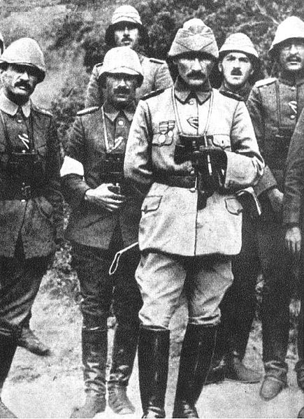 Mustafa Kemal Atatürk with Ottoman military officers during the Battle of Gallipoli, 1915