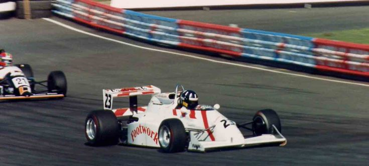 (23) Damon Hill - Mooncraft MC041 Mugen - Footwork Racing - (21) Éric van de Poele - Lola T89/50 Cosworth DFV / Nicholson-McLaren - GA Motorsport - IV Halfords Birmingham Superprix - 1989 FIA Formula 3000 International Champiosnhip, round 7