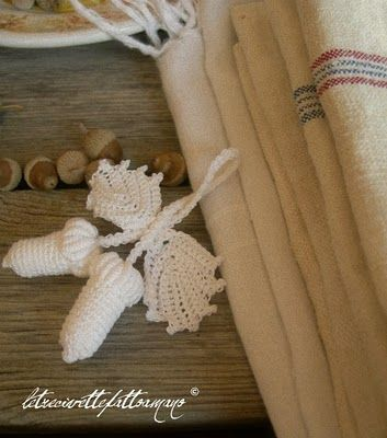 white acorns