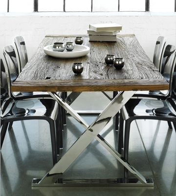 Table must nature from Maison Corbeil, simply makes me want to cry everytime i see it