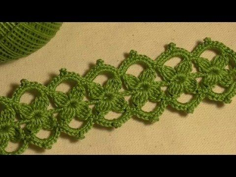 Тесьма с маленькими цветочками вязанная крючком. Ирландское кружево. Вид...