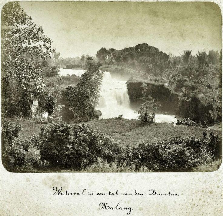Waterfal van een tak van de Brantas bij Malang 1880.