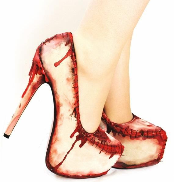 tip: the murderer can be recognized because she has blood on her shoes