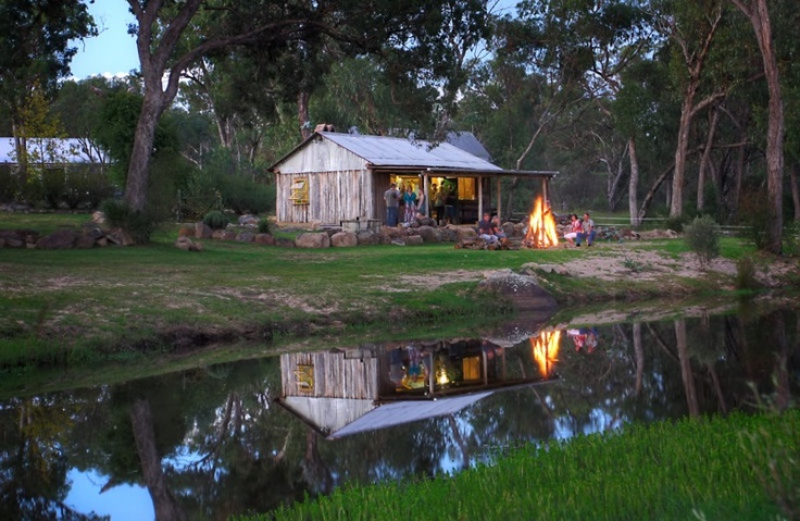 Camp Fire Pioneer Hut on Quart Pot Creek, Stanthorpe.#Stanthorpe #GraniteBelt