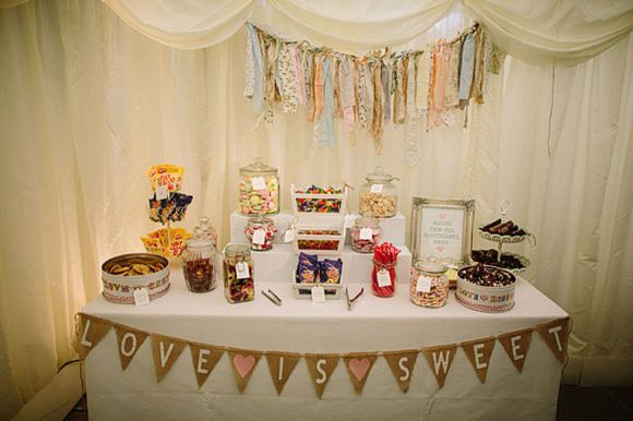 Love is sweet bunting for this sweetie tableDelight Homemade, Clear Pettibone, Pettibone Larissa, Sweets Tables, Wedding Blog, Tables Display, Sweets Shops, Diy Wedding, Desserts Buffets