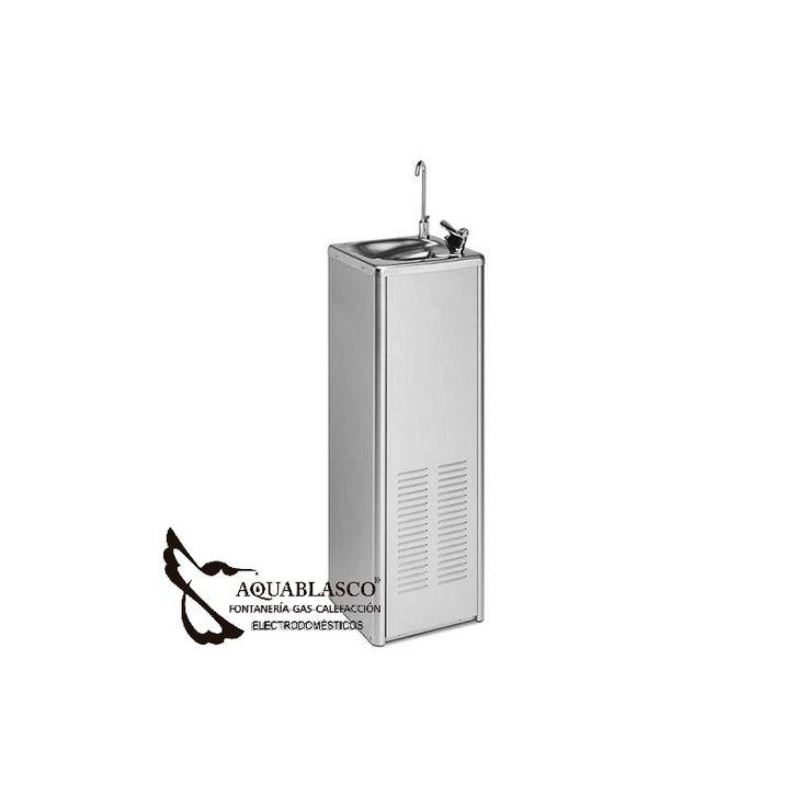 En AquaBlasco te lo instalamos .Fuente de agua en acero inox.Una simple y rentable soluccion para el suministro de agua potable en cualquier lugar.