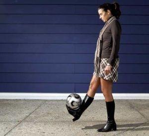 Une première pour un club professionnel français : Helena Costa (femme entraineur) va entraîner le Clermont Foot