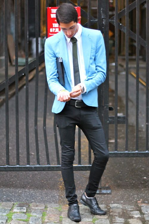 : Men Street, Skinny Jeans, Smart Street, Lights Blue Blazers, Colors, Men Fashion, Blue Coats, Skinny Pants, Black Pants