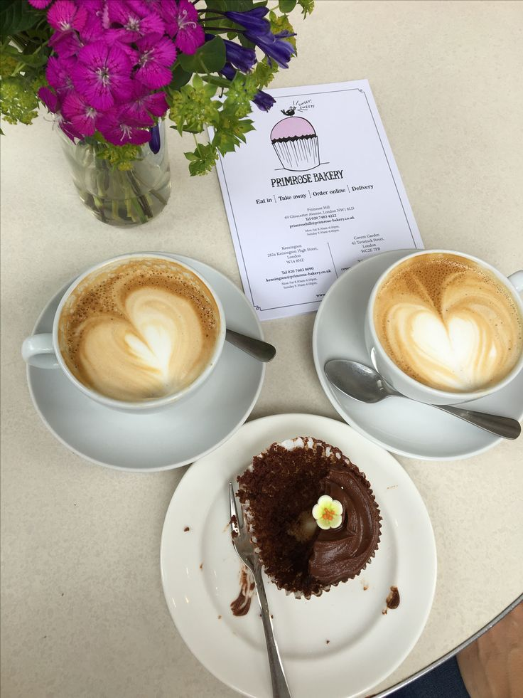 Primrose Bakery - London Not only perfect cupcakes but also great coffee... Rating:4.5/5.0