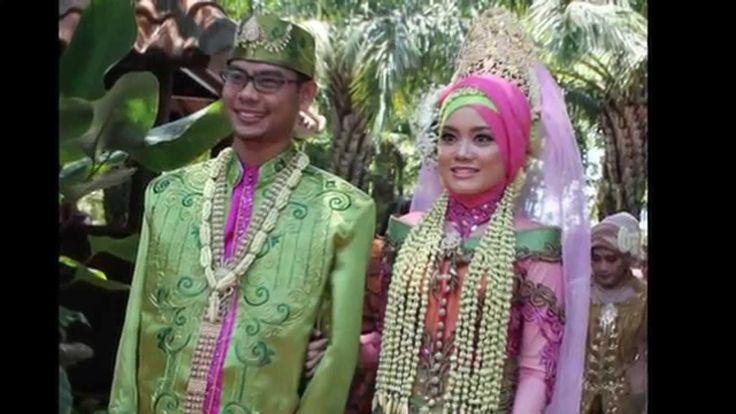 0877-0115-7774 Indonesian Muslim Traditional Wedding di Malang, Sidoarjo, Madura dan Gresik by Raddin Wedding