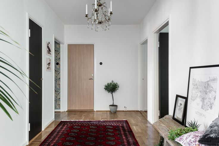 Lundin Fastighetsbyrå - 4:a Örgryte  -  Helrenoverad fyrarumslägenhet med villakänsla!