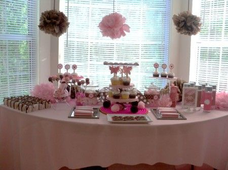 Baby shower decoration ideas for girls frugal girls for Baby shower foam decoration