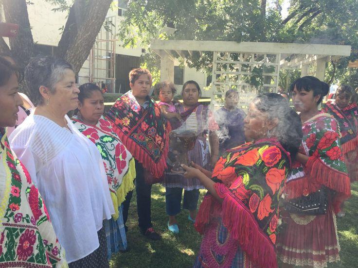 <p>**Se proporciona a la comunidad mazahua que reside en Chihuahua, información sobre los derechos de los pueblos indígenas e inició