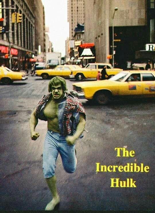 "Lou Ferrigno in The INCREDIBLE HULK : Season 1, Episode 7 "" Terror in Times Square ""."
