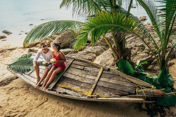 Pin By Ginny Leopold On Weddings With Wow Appeal Best Honeymoon Destinations Honeymoon Destinations Honeymoon Destinations All Inclusive