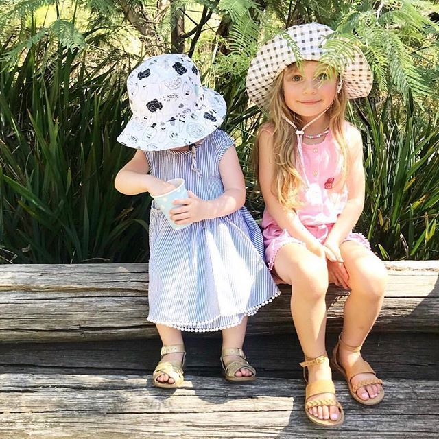 Love these two in their @sackme  collaboration hats.... just two sweet  @chatelierlife #acornkids . . . . . . . . #sackme #collaboration #hats #summerhats #beachhats #kidshats #kidsfashion #kidsphotography #sunsmart #cutekids #headwear #kidsofig #igkids #instakids #kidshat #ss1718 #summer #summerfashion #sunhat #beachhat #schoolhat #cottonhat #UPF50 #UPF50hat #sunhats #accessories #kidsaccessories