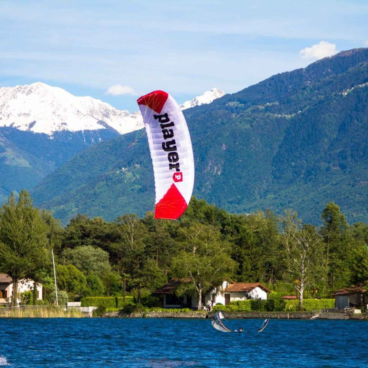 Kitesurfing, Yoga, Health, Lifestyle - Travel with us! #kitesurfing #kiteobarding #lake #como #yoga #camp #healthy