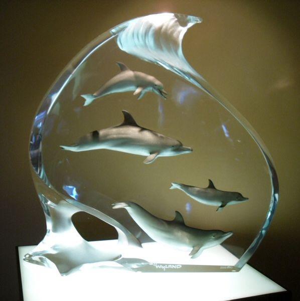 Wyland sculpture