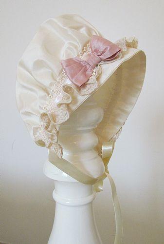 Sweet, silk baby bonnet~❥