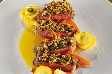 Vrabioara de manzat cu fistic- Un preparat lejer, cu gust fresh. Vrabioara de manzat este o carne frageda, suculenta, ideala pentru fripturi pe gratar sau la tigaie.