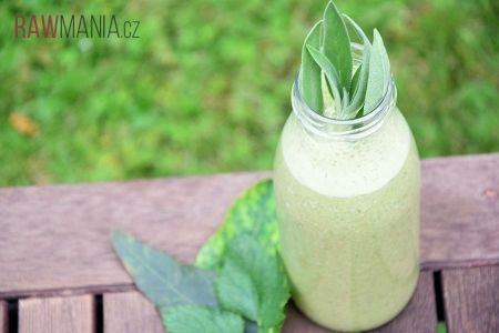 Zelené smoothie se šalvějí