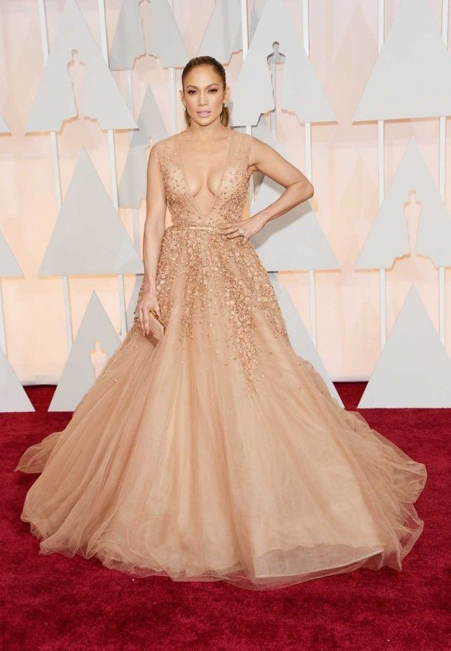 87th Academy Awards: Oscars 2015 red carpet : Jennifer Lopez in Elie Saab