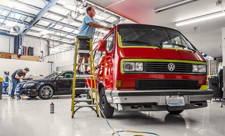 Tuesday is getting rolling with this Volkswagen Vanagon