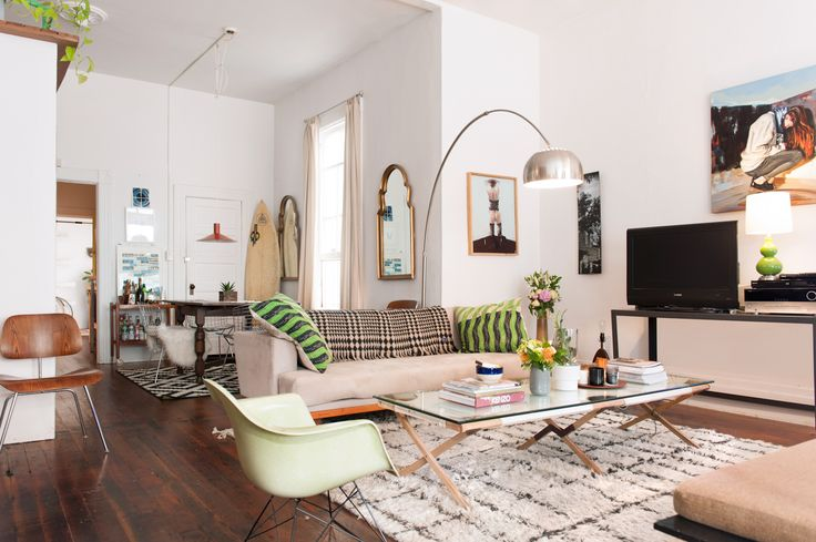 """Add Small Pops Of Your Favorite Color Angela wanted to keep a soothing, neutral palette throughout the space, but still incorporate her steadfast love of prints and colors. """"I found subtle ways to add shades of green (a hue I love). Whether it's a plant, a modern chair, or a pillow — slight saturation is imperative."""""""