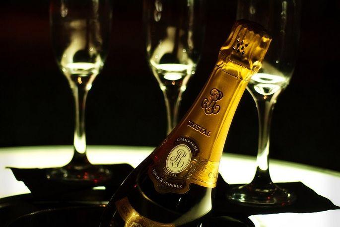 Champs: Sexy Photo, Roeder Cristal, Champagne Lifestyle, Jador Champagne, Cęlębratę Luxurį, Poppins Bottle, Caviar Dreams, Hottest Luxury, Cristal Champagne