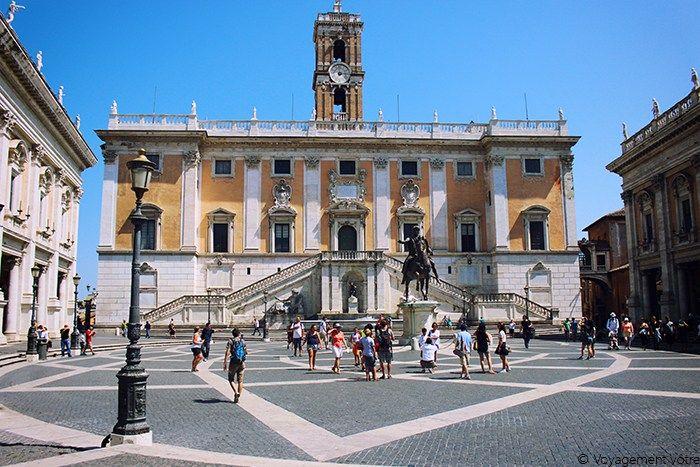 La place du capitole à Rome