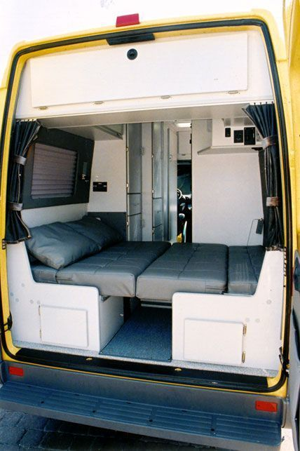 Interior Design Ideas For Camper Van Organization04