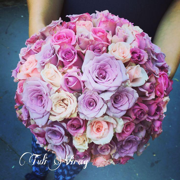 #weddingflowers #pinkwedding #pinkroses #loveroses