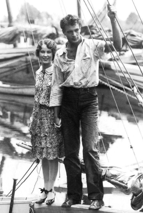 Candid shot of Fay Wray and Gary Cooper...Gary Cooper looks amazingly handsome in this photo