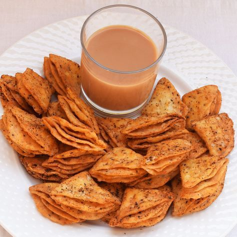 Tikona Nimki Recipe | How to make delicious, crunchy and spicy Nimki snack