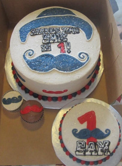 Cake Images For Sir : 86 best images about Kindasweet Cakes on Pinterest