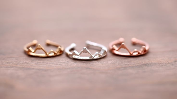 Adjustable Mountain Ring in Silver, Gold, or Rose Gold is the perfect ring for the outdoors lover! Skiing, Mountain Biking, Snowboarding, Hiking are just a few of the hobbies that people who love this