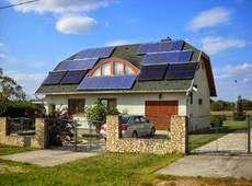 Csekk nélkül napenergiával: Hálózatra visszatápláló napelemes rendszerek
