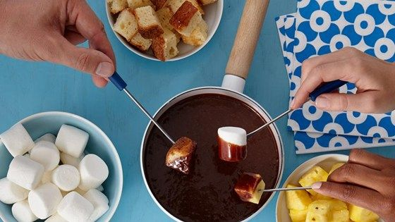Chocolate Bar Fondue: had to use about 1/2 c more cream, still good even with semi-sweet