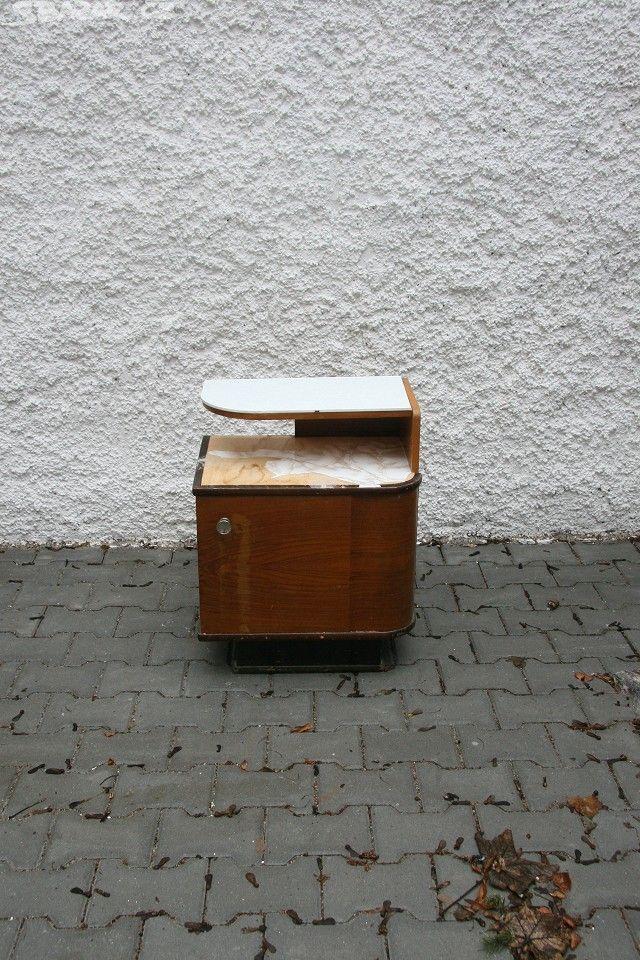 2 x noční stolek z 30. let, - obrázek číslo 1