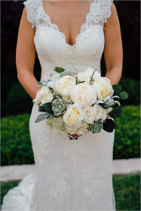 This hydrangea, peony and succulent wedding bouquet via @weddingchicks took our breath away!