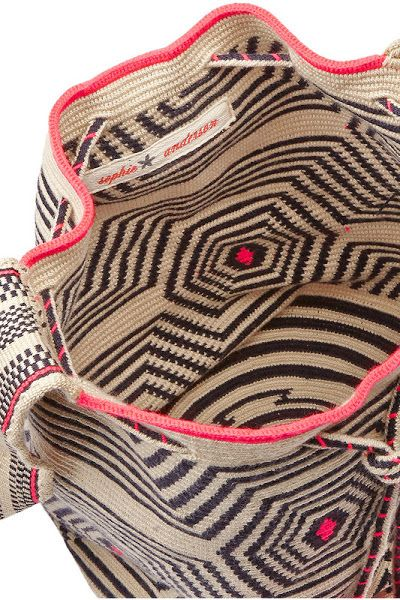 INSPIRATION : tapestry crochet bag. wayuu
