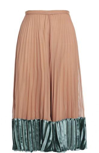 Женская розовая шелковая плиссированная юбка с бархатной отделкой Valentino, сезон FW 16/17, арт. LB3RA1Q6/0PR купить в ЦУМ | Фото №1