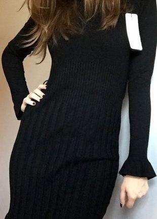 Kup mój przedmiot na #vintedpl http://www.vinted.pl/damska-odziez/swetry-z-golfem/11178579-czarny-sweterek-tunika-36-38-40