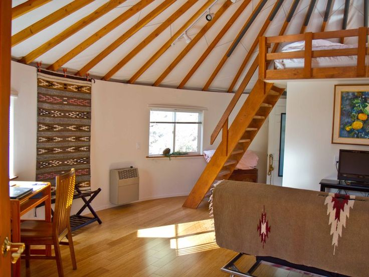 25 best ideas about yurt interior on pinterest yurts for Yurt interior designs